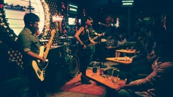 Acoustic Bar, Vietnam